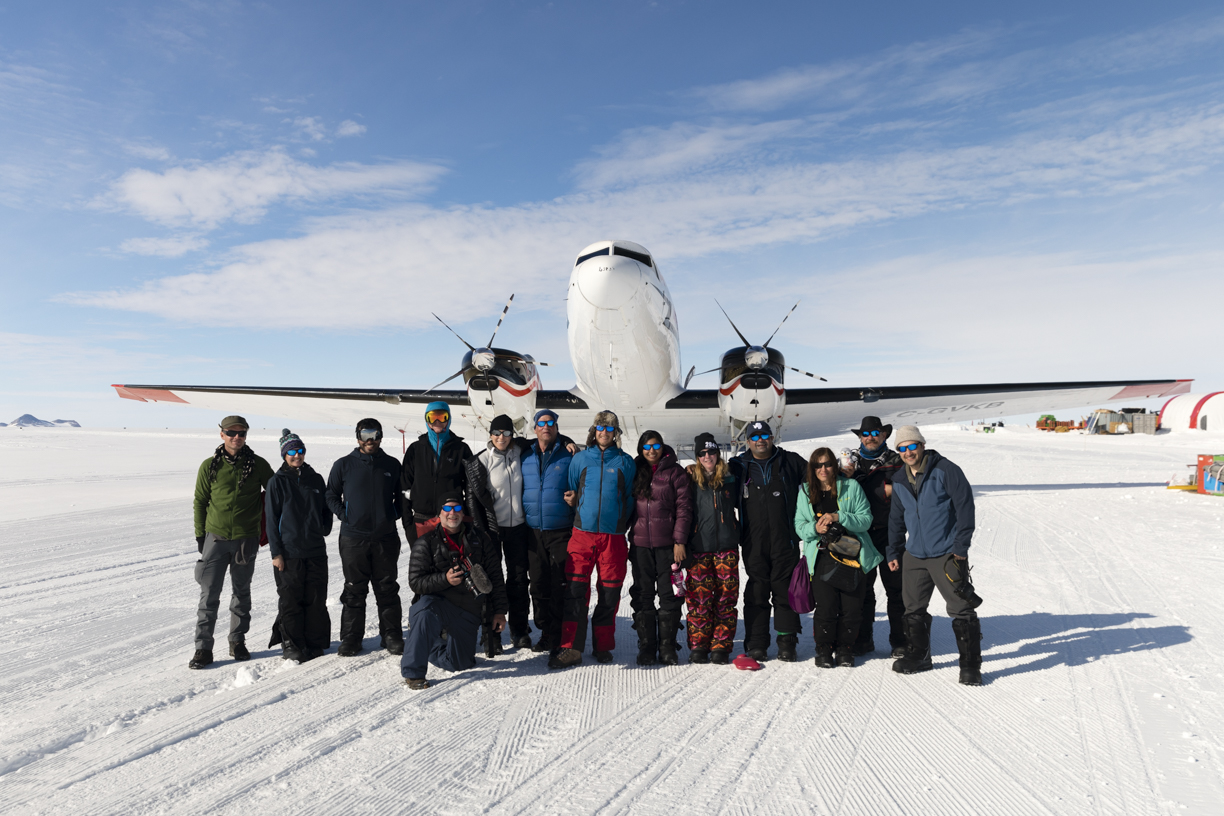 The IAE 80 South Team Landing in Antarctica